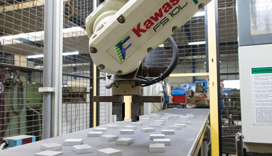 Robot 24/7 Hamers Metaalbewerking